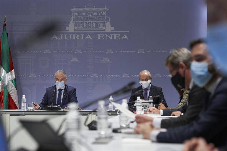 [eiberri.eus] Se extiende el confinamiento municipal y los grupos serán de 4 personas en Euskadi