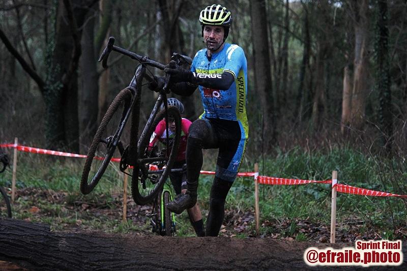 [eiberri.eus] El ermuarra Aitor Hernández séptimo en el Campeonato de España de ciclocross